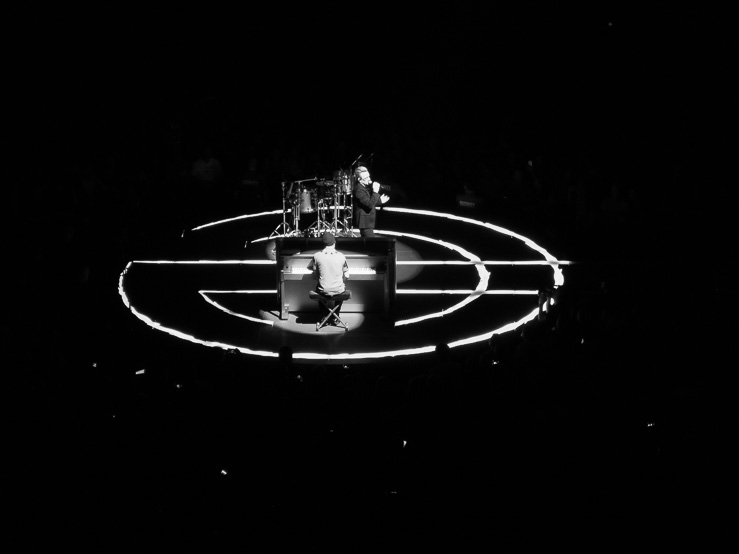 Bono och The Edge vid U2-konserten i Globen den 21 september 2015.